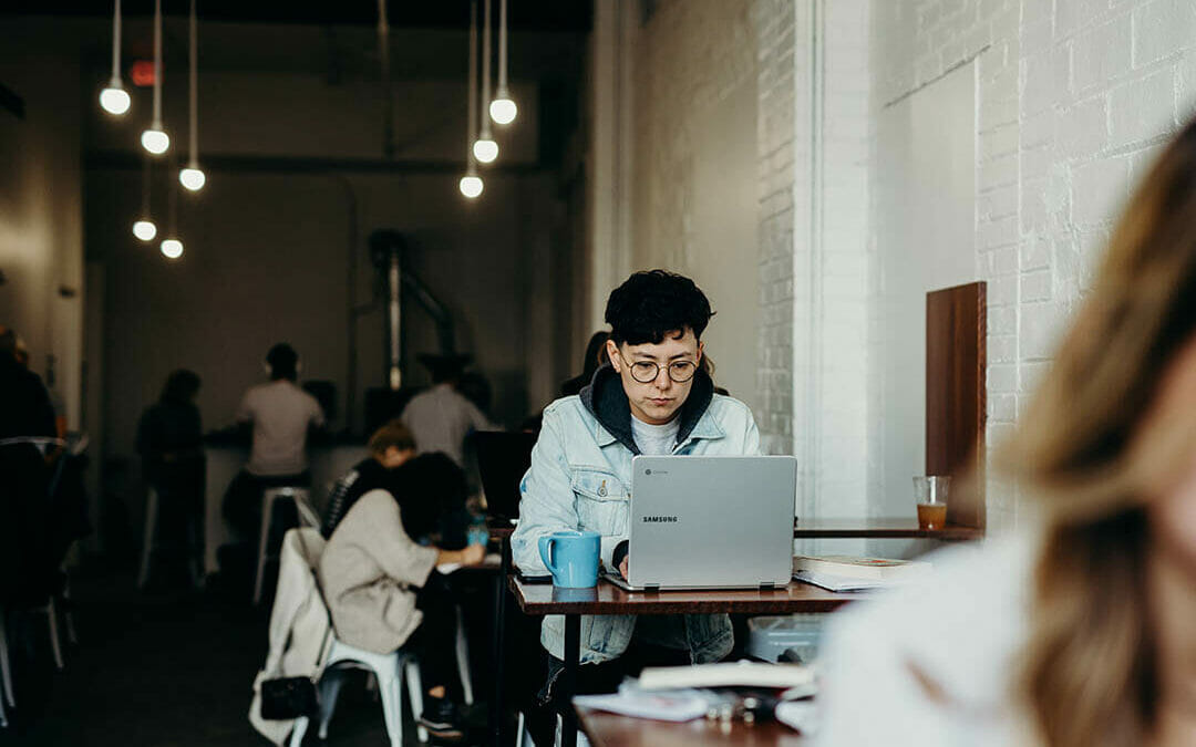 The 20 Best Jobs for Introverts (2021)